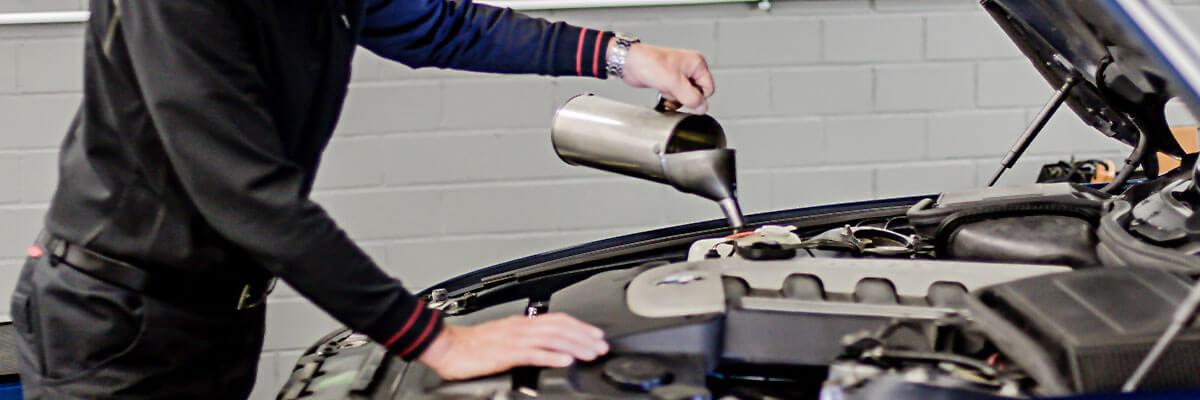 Ölwechsel BMW und Mini KFZ Autowerkstatt